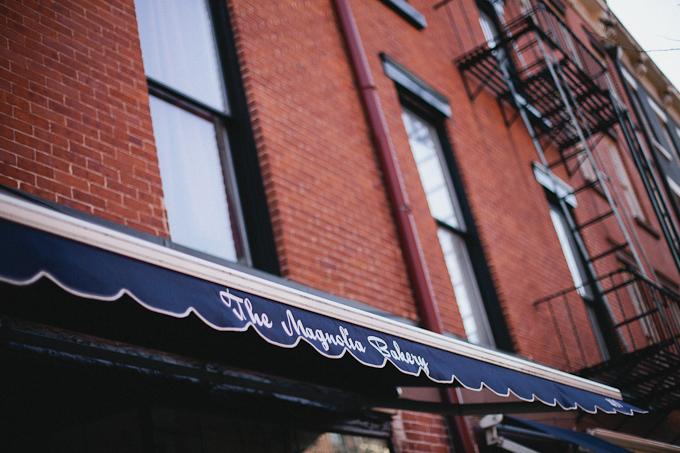 the magnolia bakery in new york