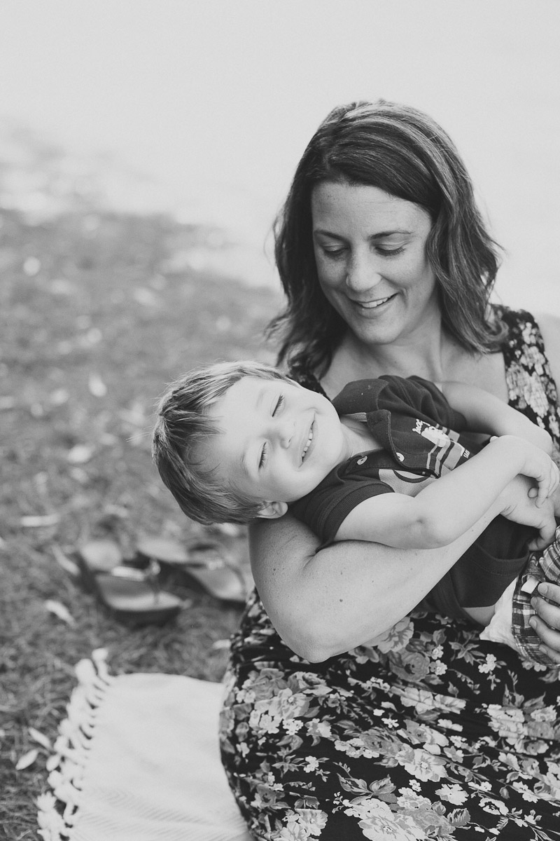 burlington-family-photographer-maternity-photography-lifestyle-maternity-photos-janice-yi-photography-13.jpg