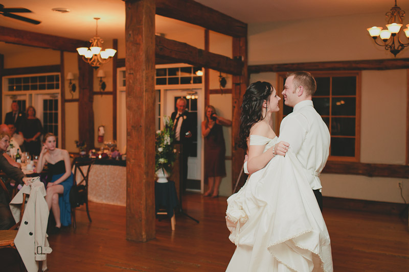 knollwood-country-club-wedding-photojournalistic-wedding-photography-ancaster-janice-yi-photography-110