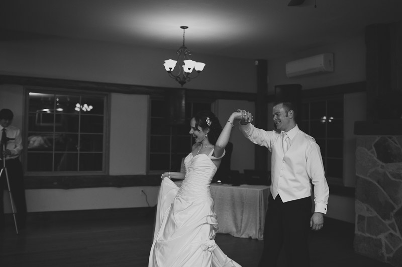 knollwood-country-club-wedding-photojournalistic-wedding-photography-ancaster-janice-yi-photography-113