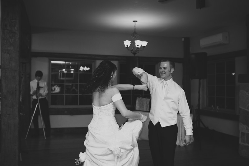 knollwood-country-club-wedding-photojournalistic-wedding-photography-ancaster-janice-yi-photography-114