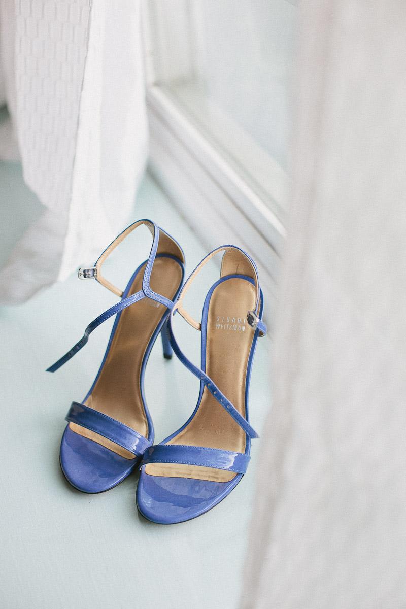 hamilton-wedding-photographer-sexy-wedding-shoes-janice-yi-photography-15