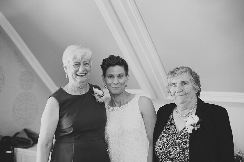 quatrefoil-wedding-photo-dundas-photojournalistic-wedding-photography-foodie-wedding-34