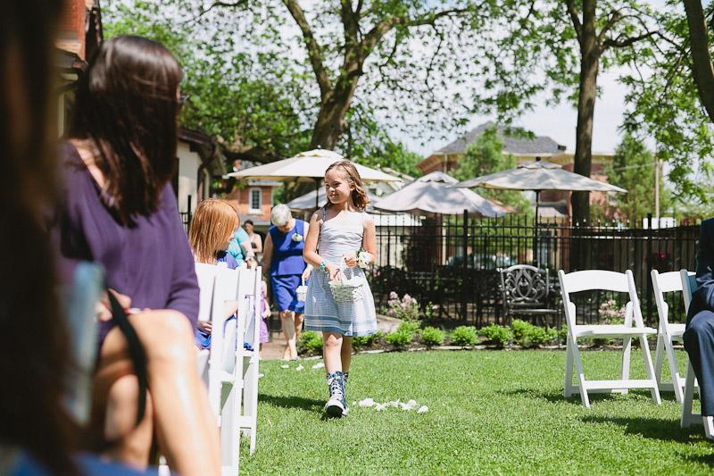 quatrefoil-wedding-photo-dundas-photojournalistic-wedding-photography-foodie-wedding-39