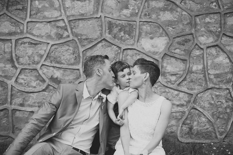 quatrefoil-restaurant-wedding-photo-photojournalistic-wedding-photography-janice-yi-photography-74
