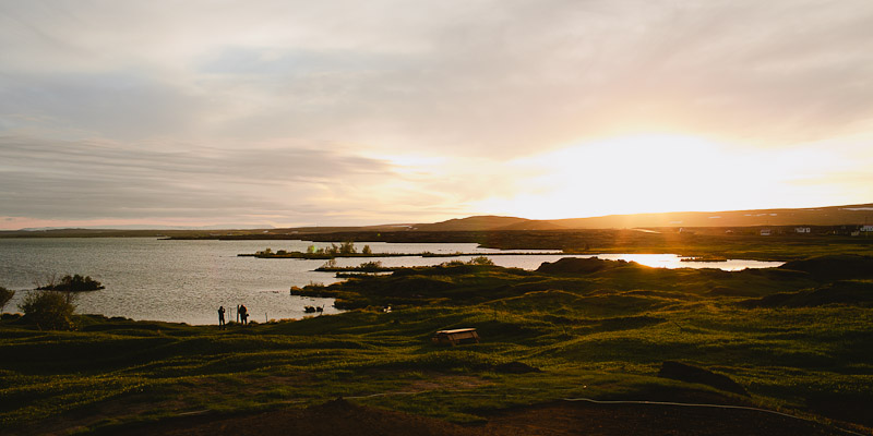 iceland-midnight-sun-lake-myvatn-58