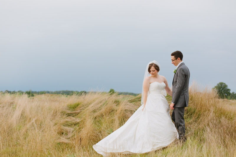 rustic-elegant-wedding-romantic-wedding-photos-104