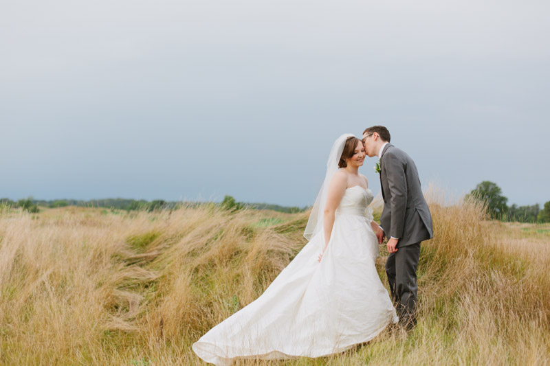rustic-elegant-wedding-romantic-wedding-photos-105