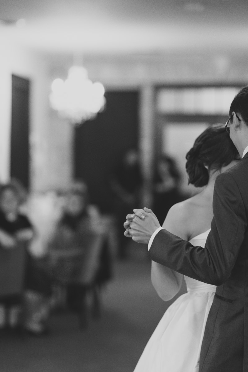 documentary-wedding-photographer-toronto-janice-yi-photography-124