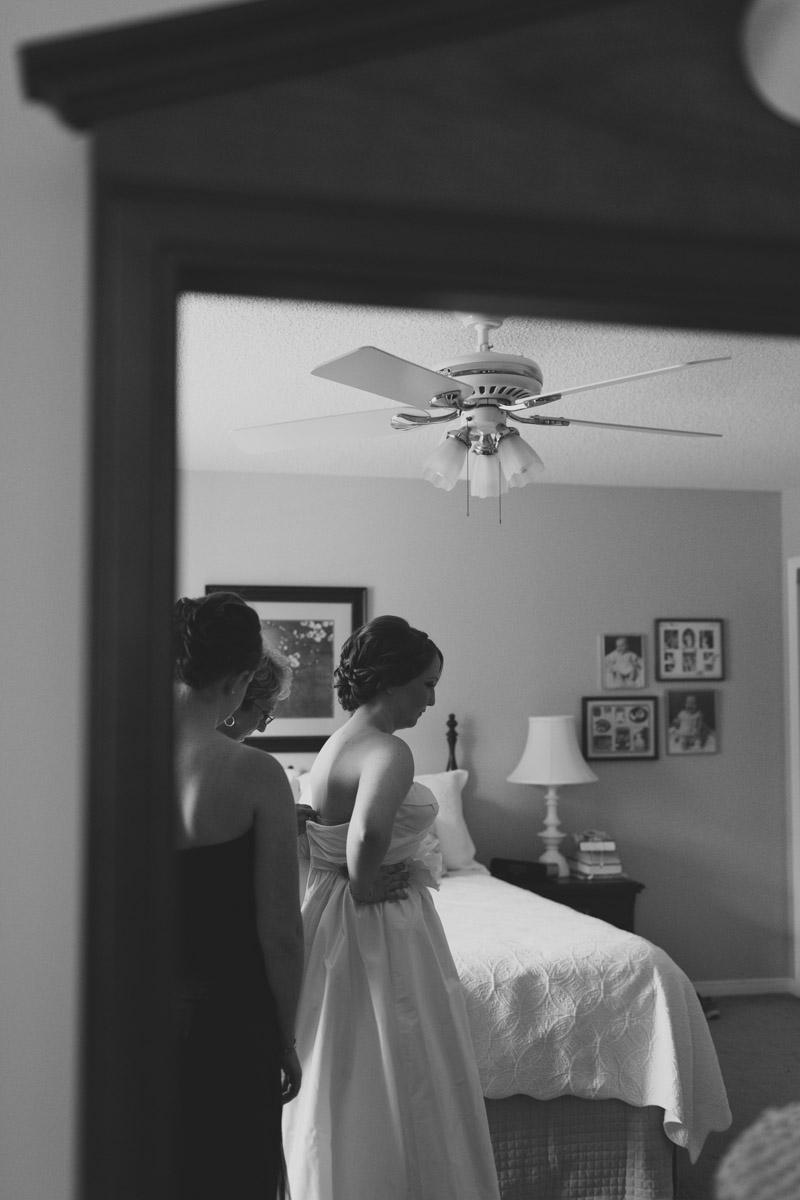 documentary-wedding-photographer-toronto-janice-yi-photography-16
