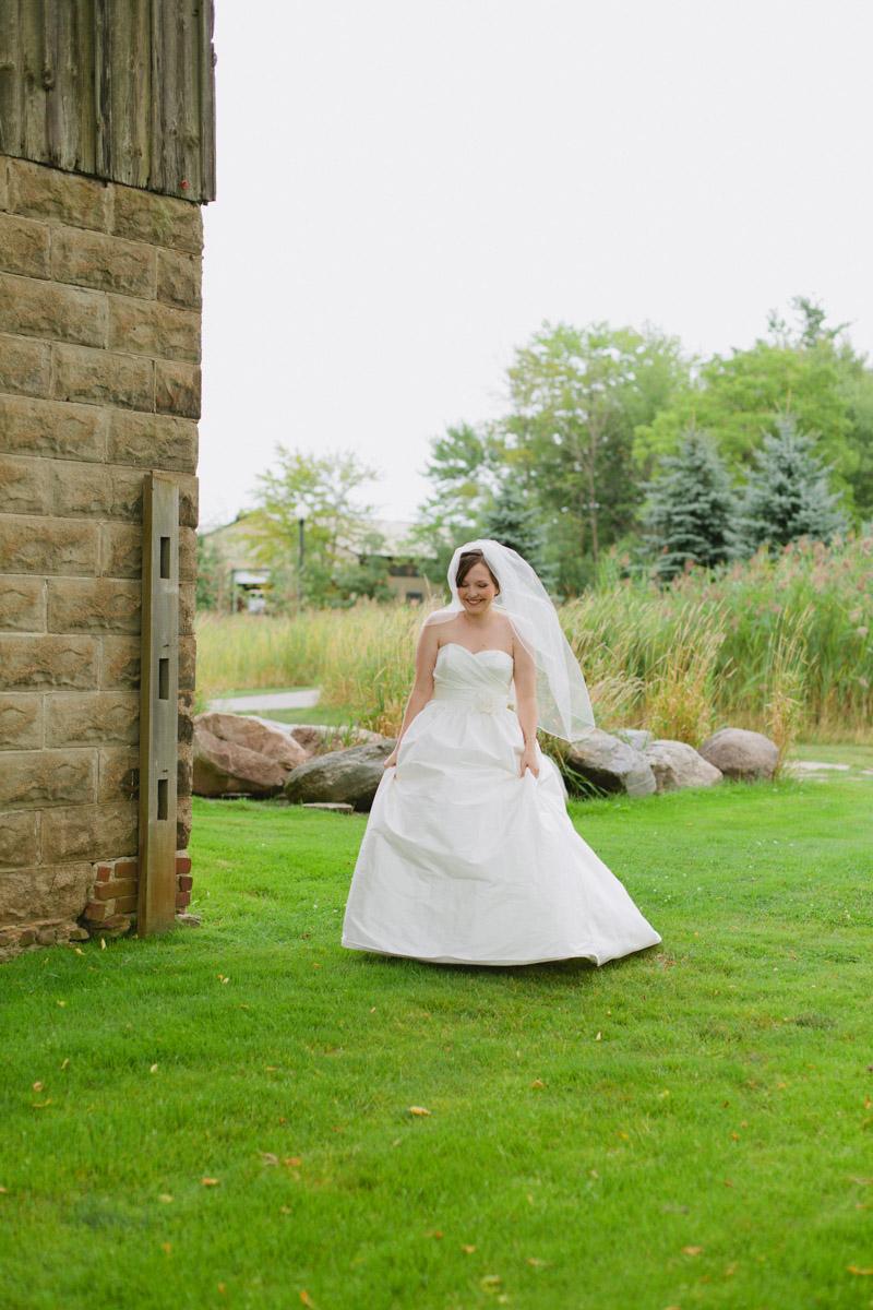 documentary-wedding-photographer-toronto-janice-yi-photography-30