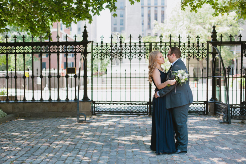 elopement-photographer-toronto-osgoode-hall-wedding-photos