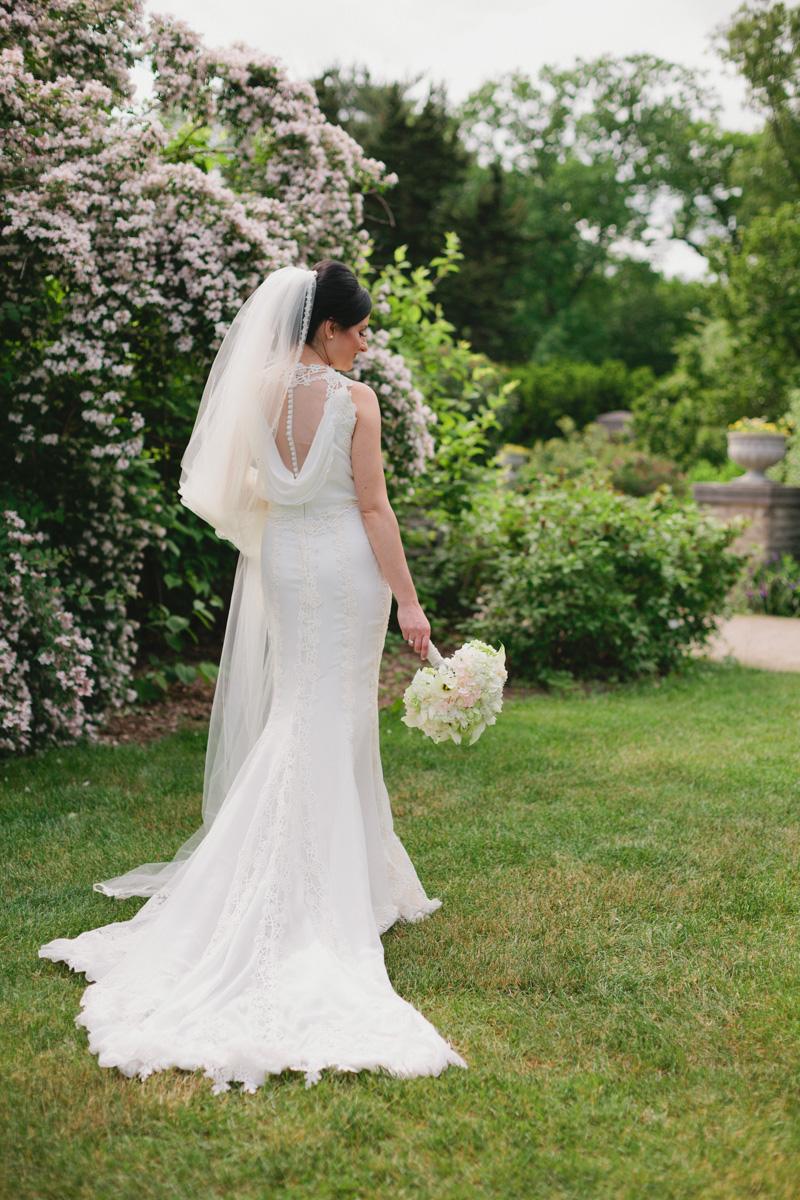 garden-bride-portrait