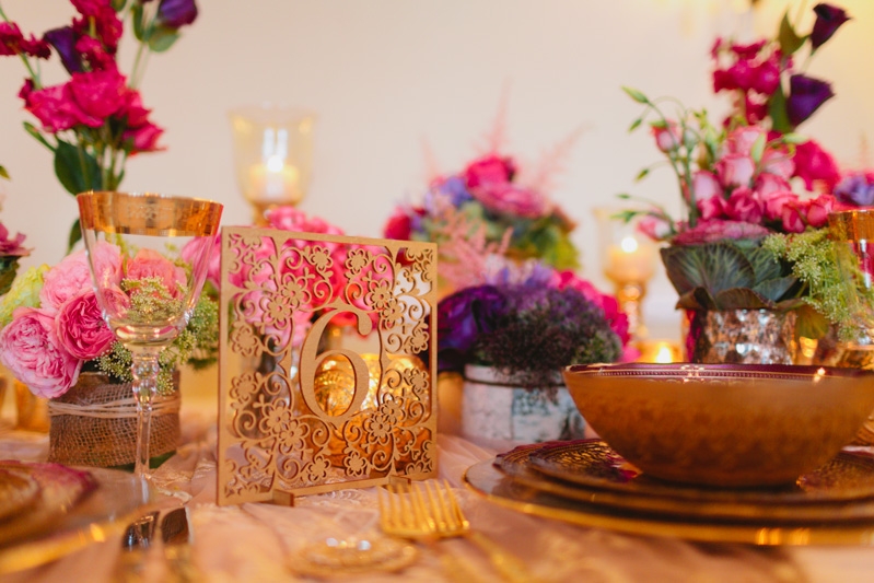 styled-shoot-ideas-wedding-florals-mexico-inspired