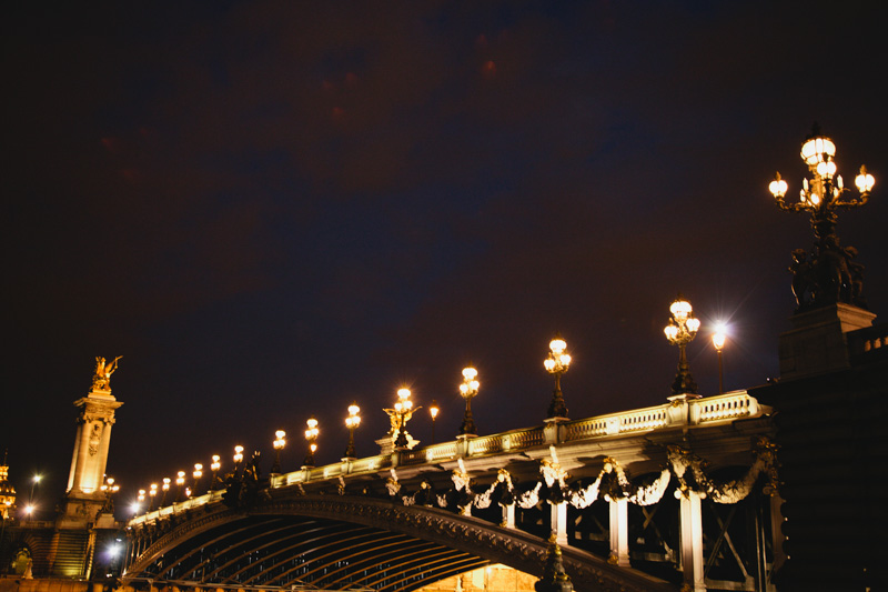 paris-pont-alexandre-iii-bridge-evening-photo