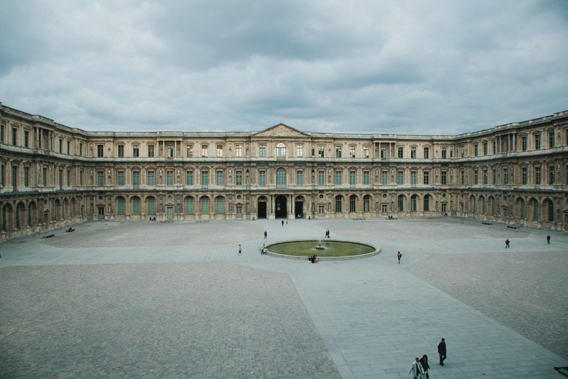 louvre-museum-courtyard-paris-travel-photos