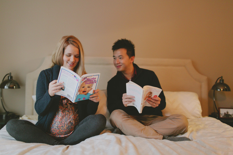 toronto-maternity-photographer-at-home-maternity-photos