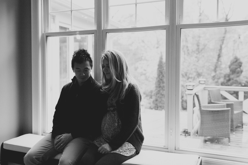 toronto-maternity-photographer-at-home-maternity-session