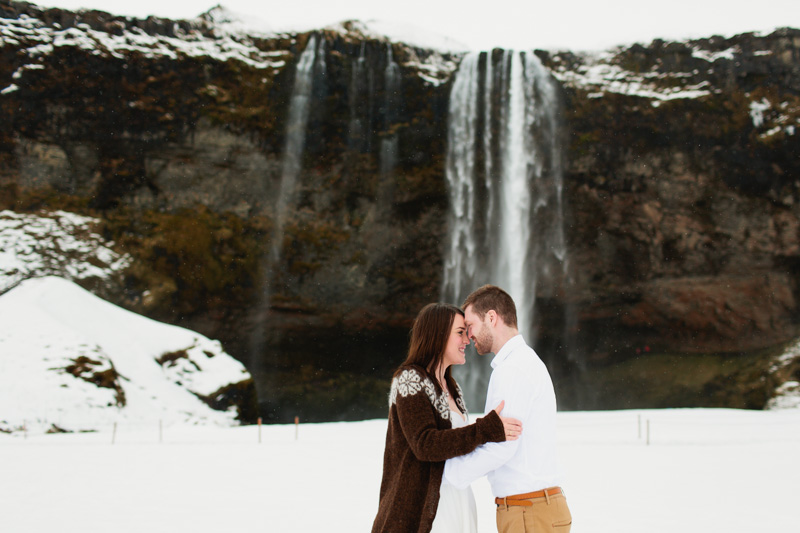 Seljalandsfoss-Iceland-wedding-photos