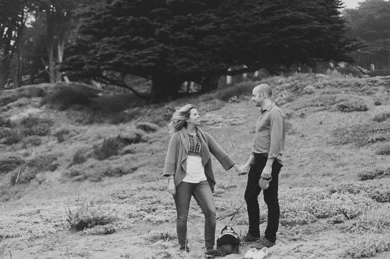 engagement pictures at baker beach