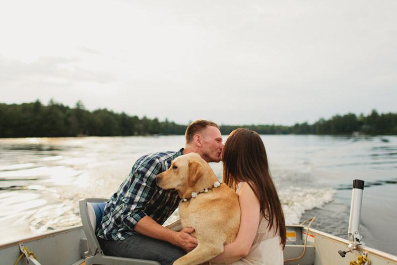 bohemian-cottage-engagement-photos-035