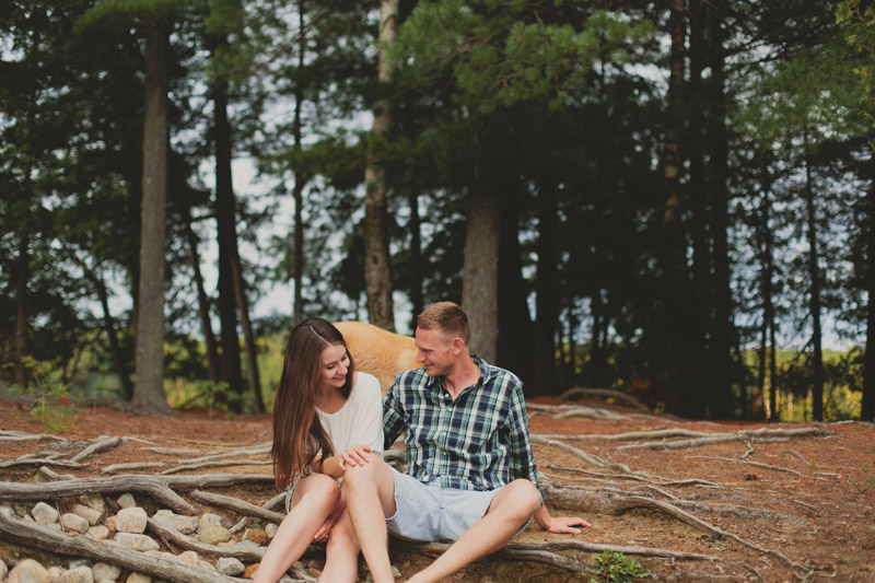 Cottage Engagement Photographer