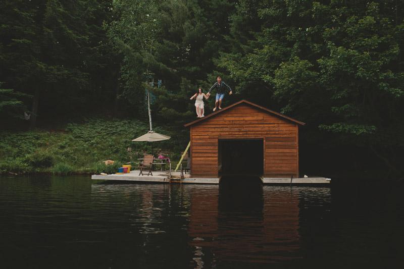 Fun Cottage Engagement Photo Ideas