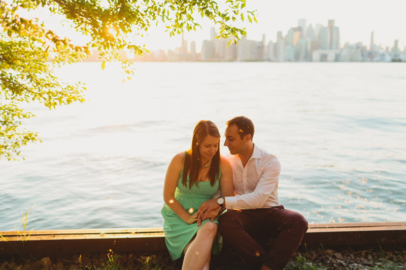 toronto skyline engagement photos