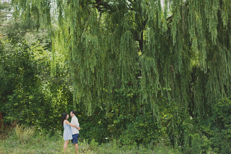 engagement photos willow tree