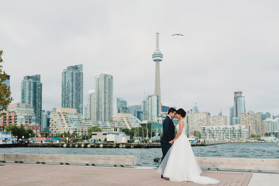 Toronto wedding photographer waterfront wedding photos