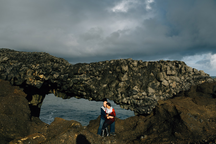 Dyrholaey Iceland couples portraits