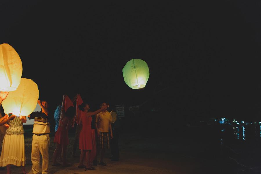 Beach wedding ideas lanterns