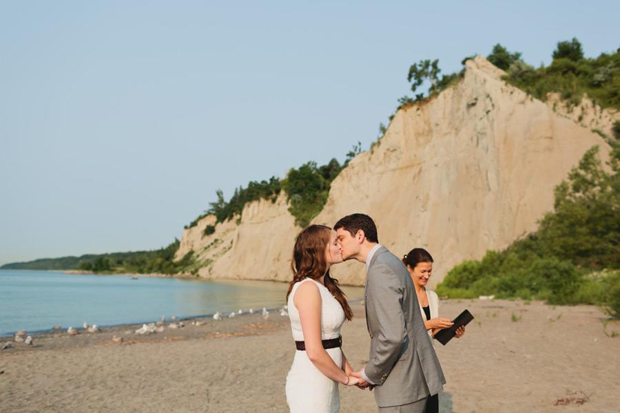 012-Bluffers-park-wedding-photos