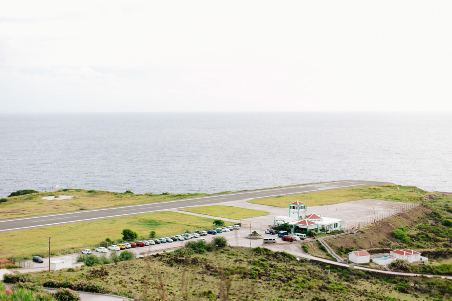 Saba airport world's shortest commercial runway