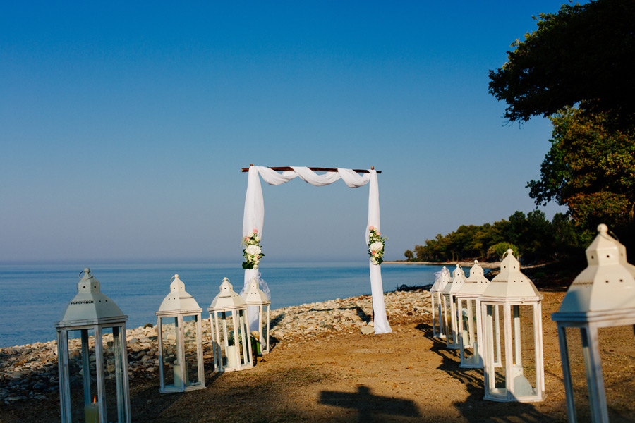 Beach wedding Samothrace hotel archondissa