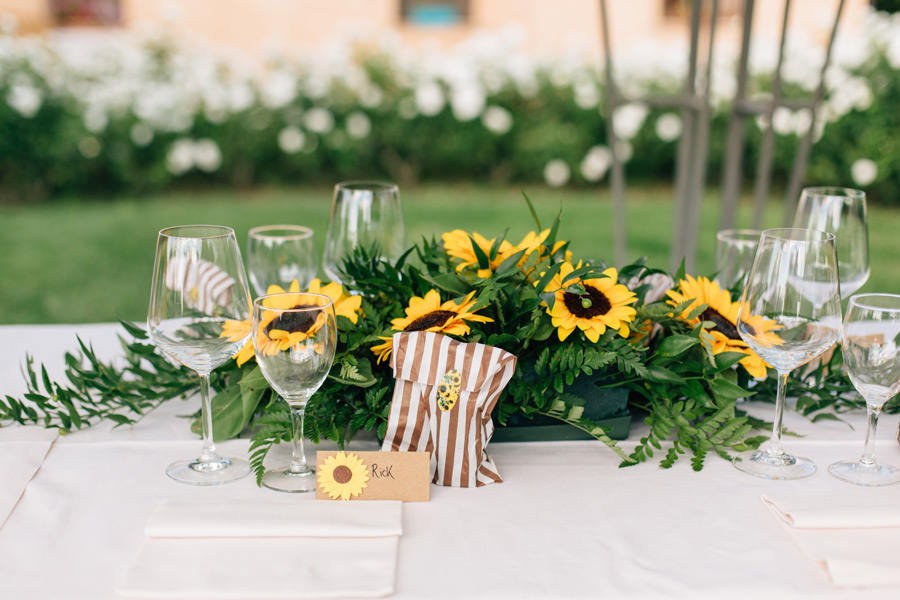 sunflower themed Tuscany wedding