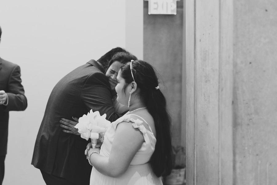Candid wedding pics