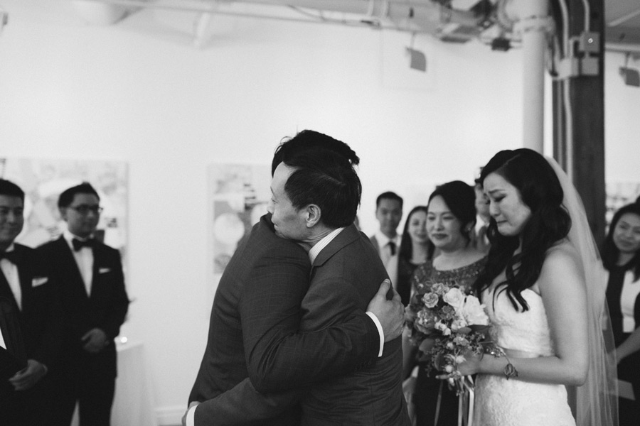 Toronto candid wedding photographer