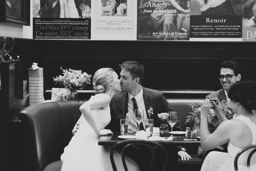 Le Select bistro wedding photography