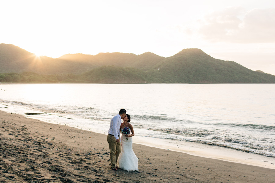 Costa Rica wedding by the sea