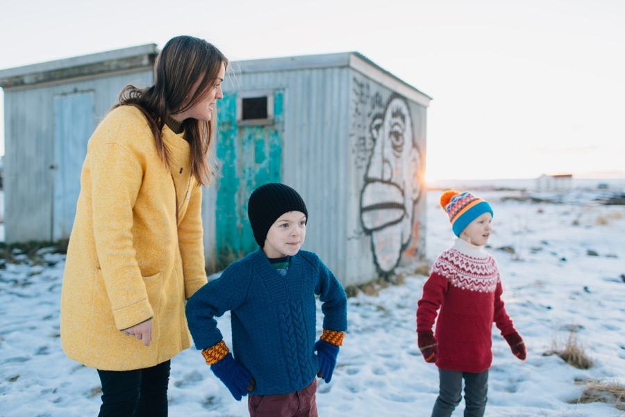 Reykjavik winter family photo session