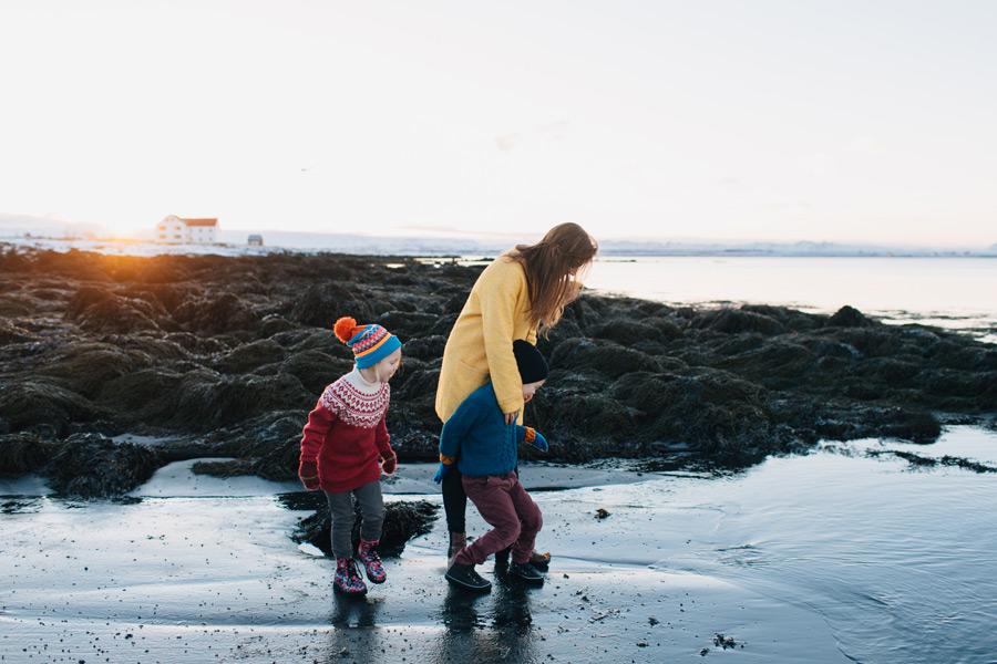 creative family photographer Iceland