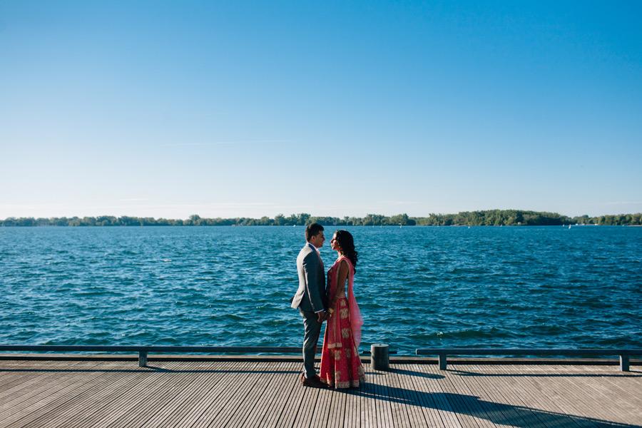 wedding photos by the lake