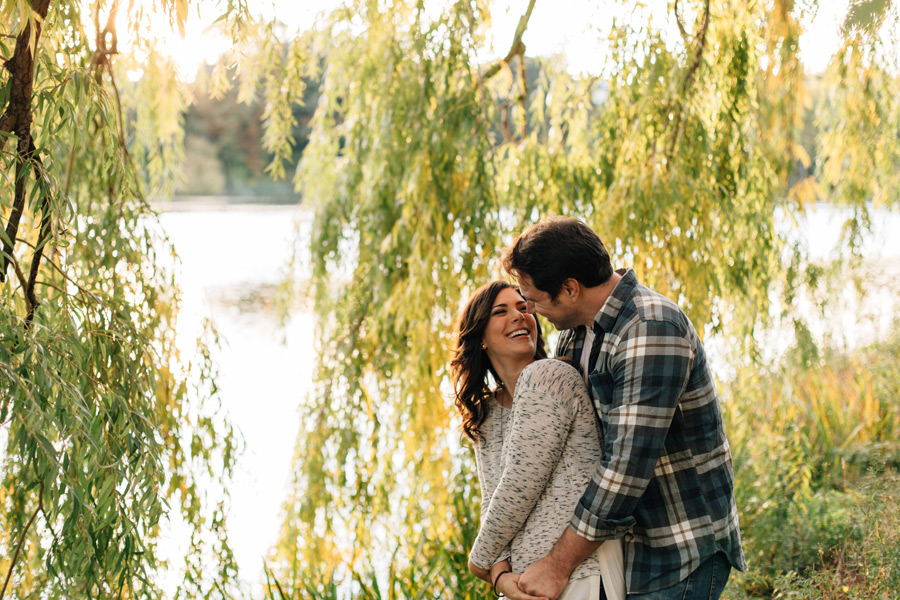willow tree engagement pictures