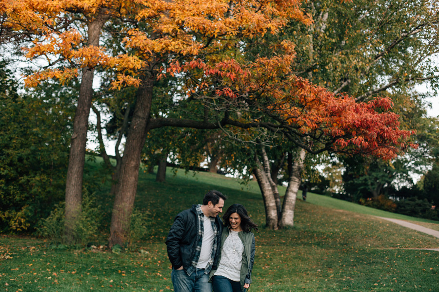 Fall colours engagement photos