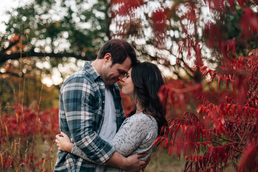 engagement pictures fall colours