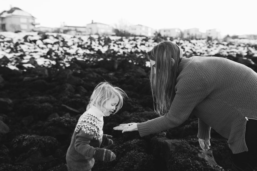 042-iceland-family-photographer