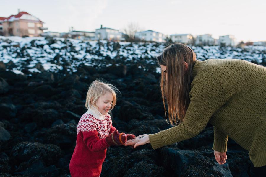 043-iceland-family-photographer