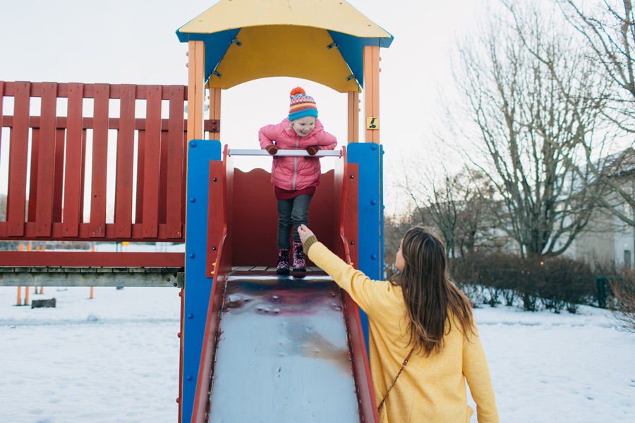 056-iceland-family-photographer