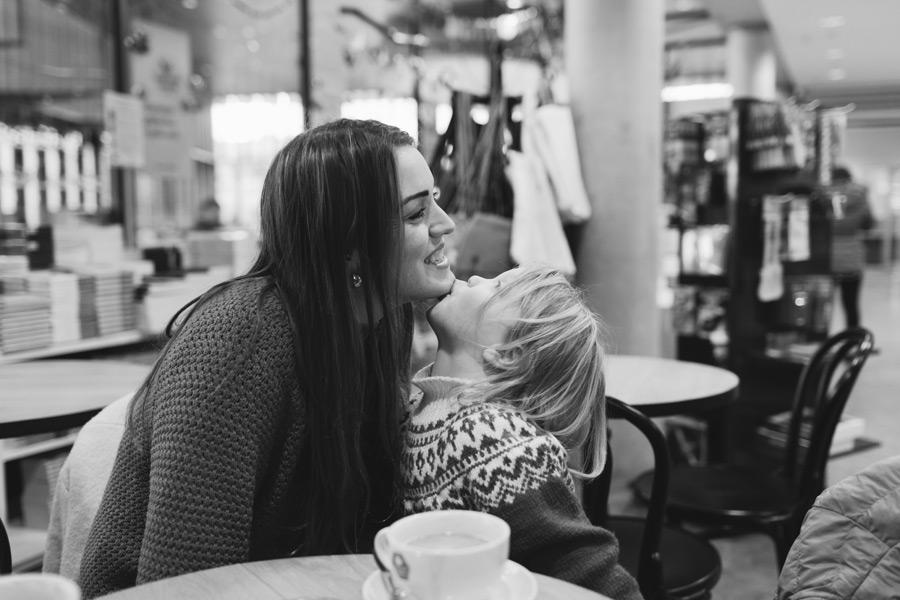 documentary style family photographer Iceland
